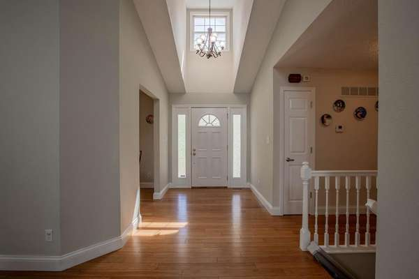 Light and Bright Entry Foyer
