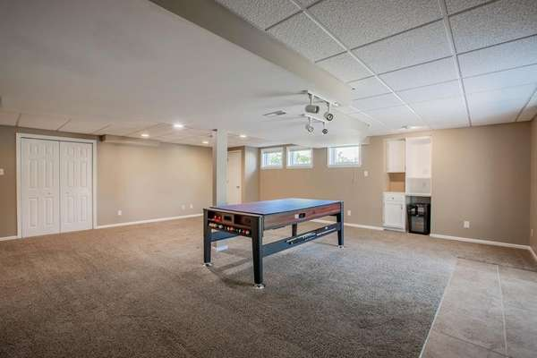 Large Rec Spaces Ideal for Entertaining Family and Friends