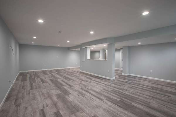Rec Room Offers Tons of Space for Entertaining