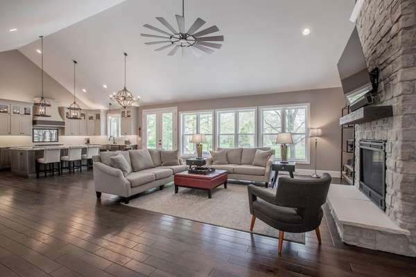 Great Room with Soaring Vaulted Ceiling