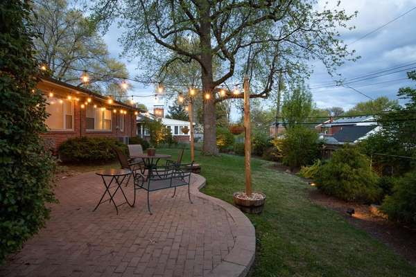 A Perfect Spot for Entertaining Family and Friends!