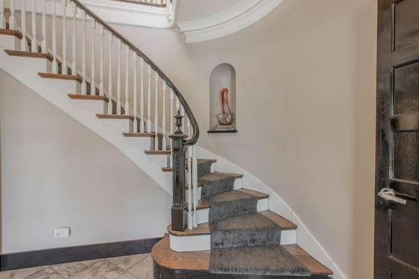 Custom-Made Curved Staircase