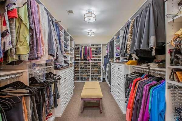 Retail-Like Custom Organized, Walk-in Closet