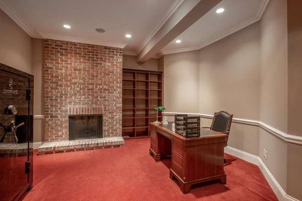 Den / Study with Gas Fireplace