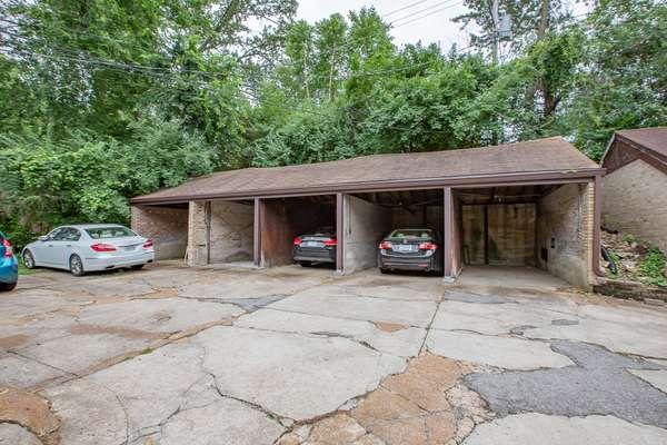 5-Car Detached Garage