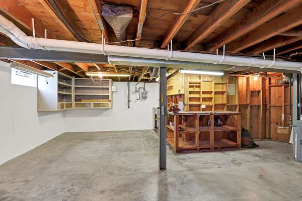Large Storage Area with Hobby Area