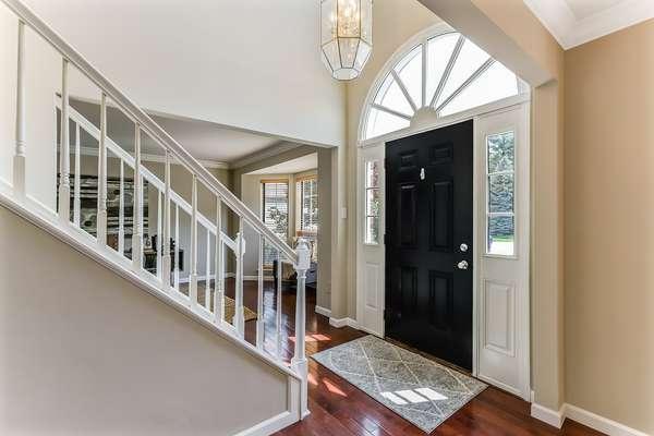 2-Story Entry Foyer