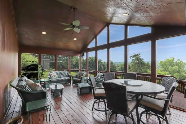 Vaulted Screened-in Porch
